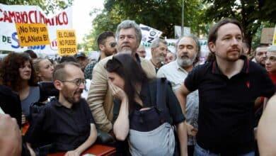 Iglesias y Errejón se esquivan en la marcha por el clima en plena división de la izquierda