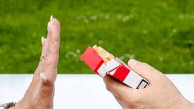 Sanidad financia desde este miércoles dos fármacos para dejar de fumar