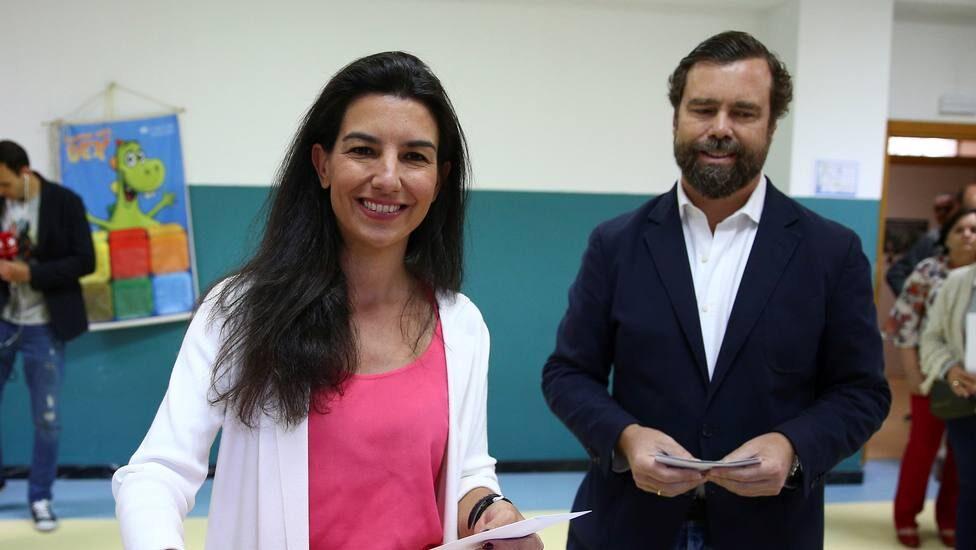 El matrimonio de Espinosa de los Monteros y Monasterio.