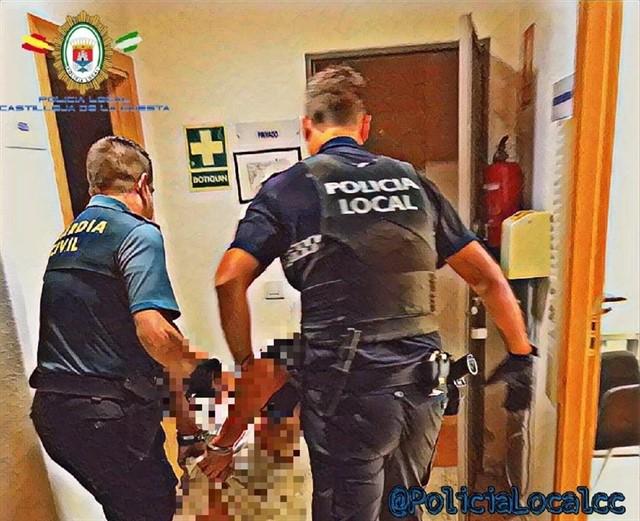 Detienen a una mujer acusada de agredir a un guardia civil