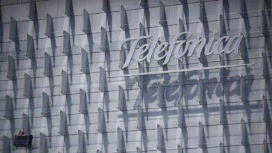 Telefónica cierra su recorte de plantilla exprés con 2.636 salidas en España en un mes