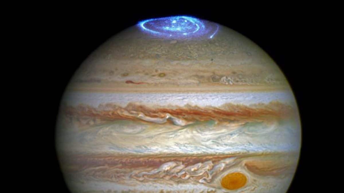 Auroras en la atmósfera de Júpiter