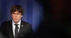 Puigdemont renuncia a liderar la candidatura de JxCat a la Generalitat