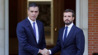 """Casado, preocupado tras su reunión con Sánchez: """"La imprevisión le ha sobrepasado"""""""