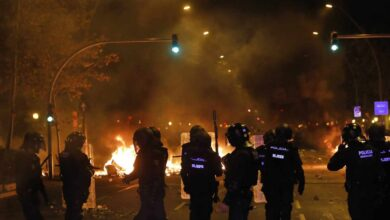 Buch eleva a 33 los agentes de los Mossos investigados por la gestión de los disturbios en Barcelona