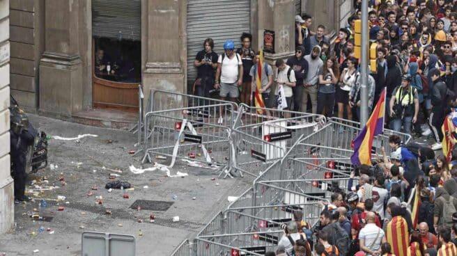 Protestas ante la Jefatura de Policía en Barcelona tras conocerse la sentencia del 'procés'.