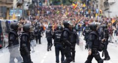La Policía moviliza a 450 antidisturbios por el 'clásico': sólo actuarán si los Mossos piden ayuda