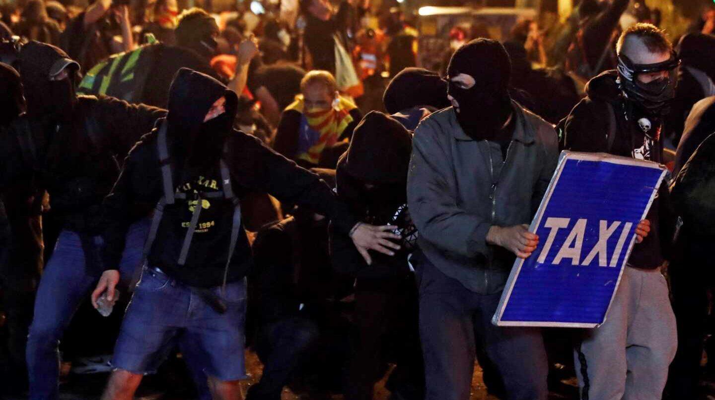 Disturbios en Barcelona en la huelga general.