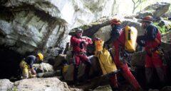 Imagen del equipo de rescate formado para buscar a los cuatro espeleólogos