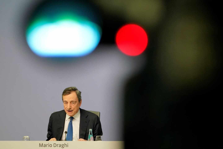 """Termina la era Draghi al frente del BCE: """"La incertidumbre sigue""""."""