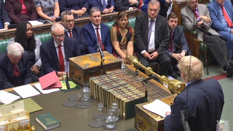 El Parlamento obliga a Johnson a pedir una prórroga para asegurarse de que no habrá Brexit sin acuerdo