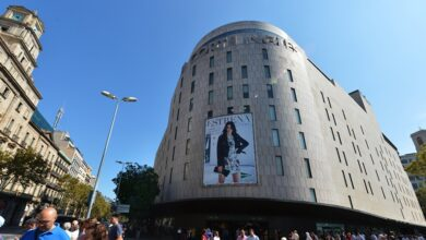 El Corte Inglés envía a Barcelona personal extra de seguridad para proteger sus tiendas