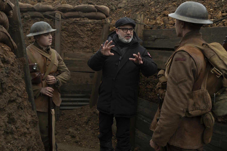 El director de 1917, Sam Mendes, junto a Dean-Charles Chapman y George MacKay. Foto Francois Duhamel.