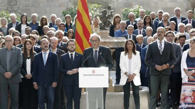 """Torra y el Govern se comprometen a avanzar """"sin excusas"""" hacia la república catalana."""