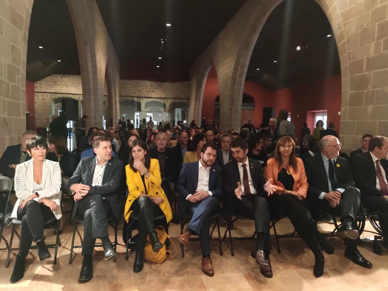 El independentismo exhibe apoyos territoriales con la ausencia del PNV