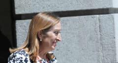 Ana Pastor desmiente a su antiguo cargo Fernando Simón por los sanitarios contagiados