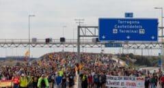 La huelga en Cataluña registra un seguimiento inferior al 50 % en la mayoría de sectores