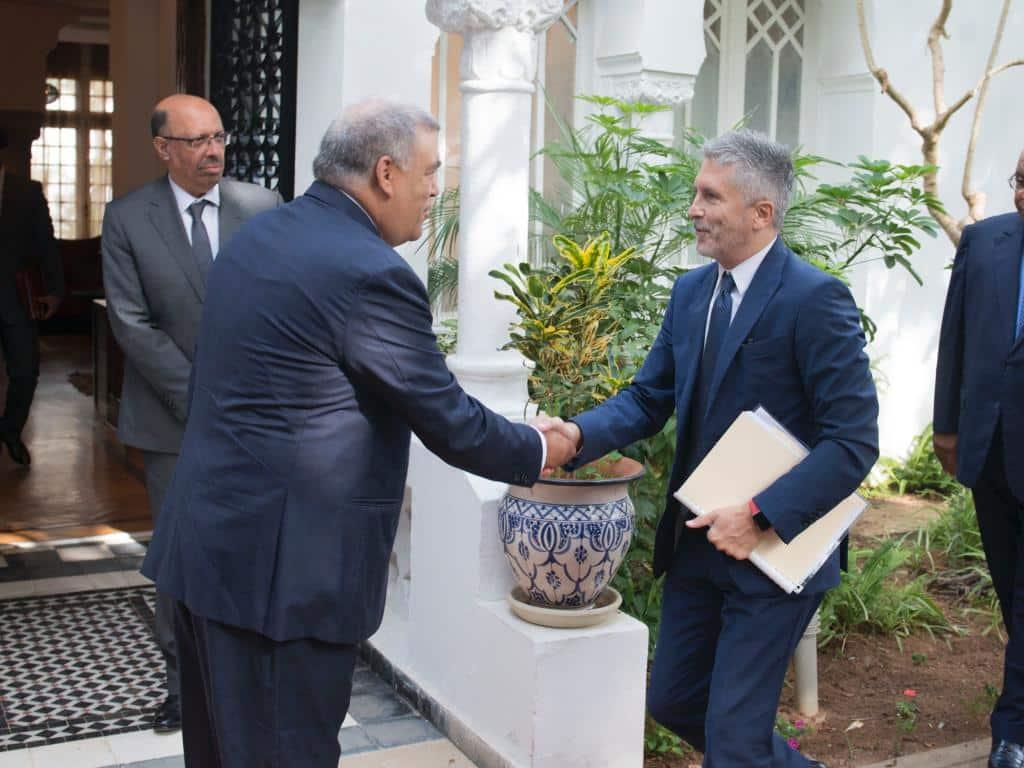 Grande-Marlaska saluda a su homólogo del Reino de Marruecos el pasado 4 de septiembre en Rabat.
