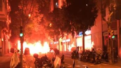 """Los hoteleros alertan de que la violencia de """"unos miles de imbéciles"""" ya provoca cancelaciones en Cataluña"""