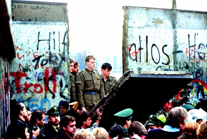 Alemanes Muro de Berlín