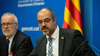 Buch afronta una querella por encubrir el uso de mossos como escolta de Puigdemont en Bruselas