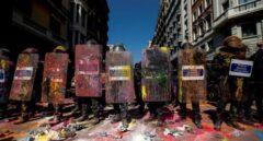 La Generalitat no denunciará las agresiones a los Mossos y los sindicatos montan en cólera