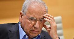 Alfonso Guerra y otros históricos socialistas piden a Sánchez que no pacte con independentistas