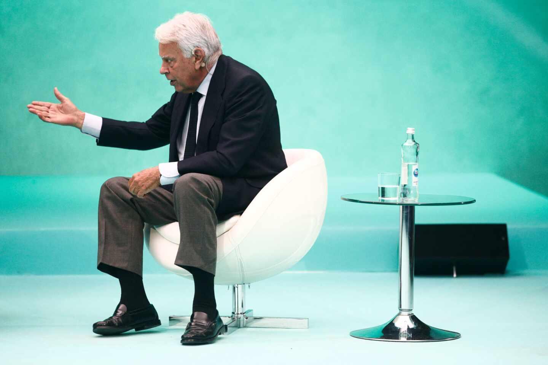 """Felipe González, tras la cesión de Sánchez a Iglesias: """"Siento orfandad política"""""""