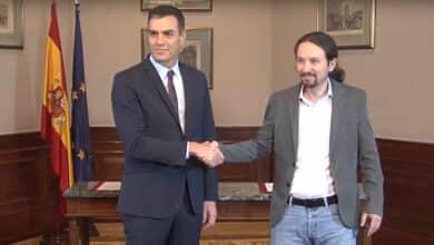El PSOE acepta dialogar con el independentismo y Podemos se pliega al control de Bruselas