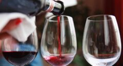 Se bebe menos vino en España (sobre todo fuera de casa)