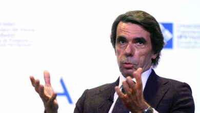 """Aznar recuerda como le insultaba Chávez y dice a Ayuso: """"No sabes como envidio que sus hijos te insulten a ti"""""""
