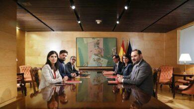 Los peones de Junqueras y Puigdemont en la mesa de diálogo de Pedro Sánchez