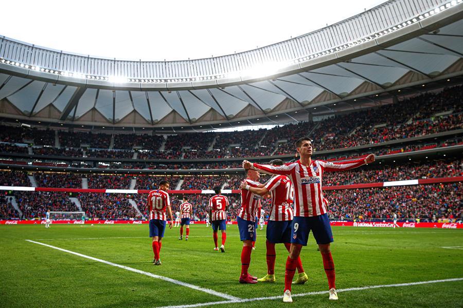 Los jugadores del Atlético de Madrid celebran un gol.