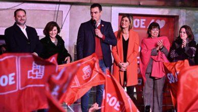 """Ábalos denuncia que """"simpatizantes de Podemos"""" se colaron en Ferraz para cantar """"con Iglesias sí"""""""
