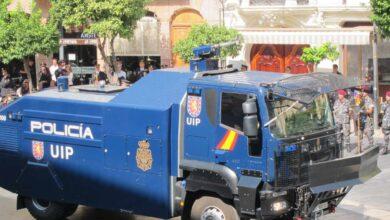 El camión 'lanza-agua' de la Policía regresa a Madrid sin haberse estrenado en Cataluña