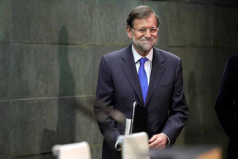 """Rajoy apela al centrismo ante Casado """"sin arrastrar doctrinas ni orejeras"""""""