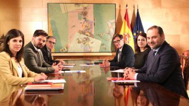 PSOE y ERC recuperan los negociadores de la investidura para pactar la prórroga de la alarma