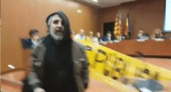 """La salvaje agresión de un CDR a un militante de Cs: """"Tuvimos miedo. Estaba fuera de sí"""""""
