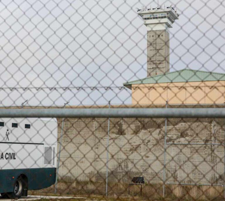 La burocracia de Interior condena al ERE a 184 vigilantes privados de Prisiones