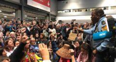 Una protesta de activistas obliga a cerrar un pabellón de la Cumbre del Clima