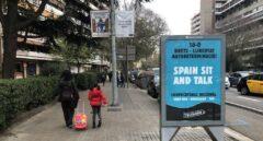 Barcelona se desmarca de la publicidad de Tsunami en sus marquesinas