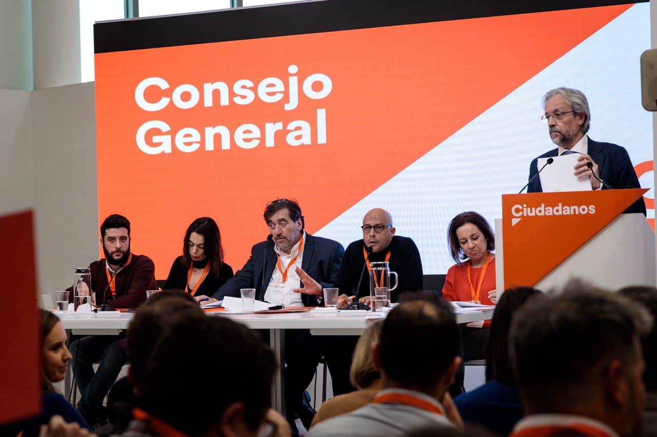 """El ala crítica de Cs, excluida del Consejo General: """"Parece un partido de corte soviético"""""""