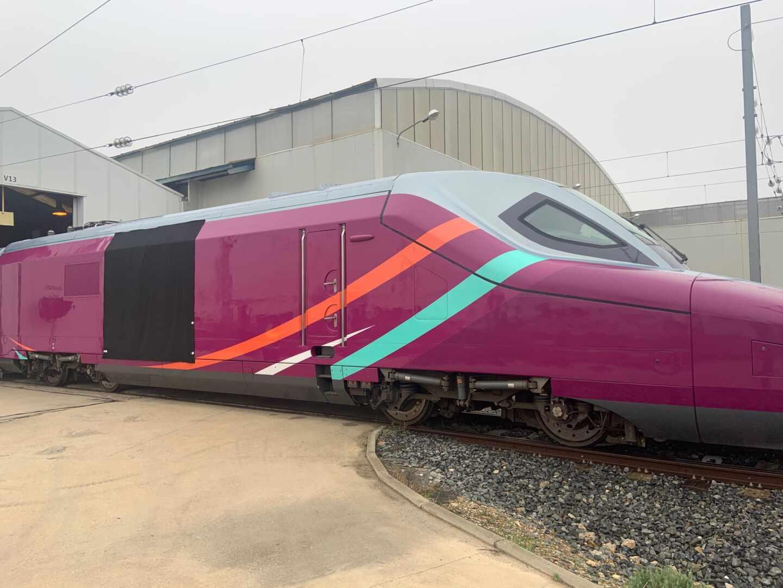 Imagen de un tren para el nuevo AVE de bajo coste de Renfe.