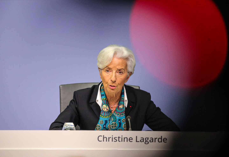 """Lagarde ofrece algo de optimismo a Europa: """"Los riesgos son menos pronunciados"""""""