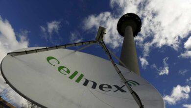 El tirón de Cellnex, Ferrovial e Inditex compensa un mal año de la banca y Telefónica