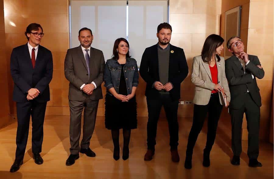 La alianza PSOE-Podemos-ERC avanza y allana la investidura de Sánchez