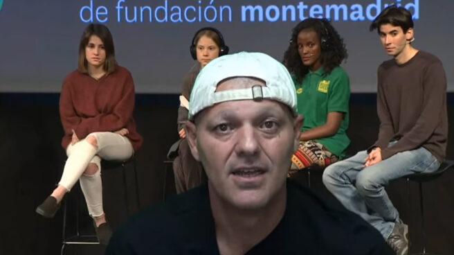 El presentador Frank Cuesta en un vídeo de Youtube.
