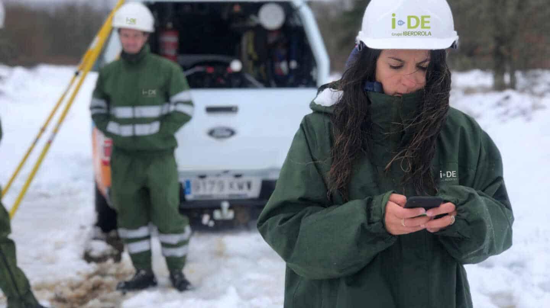 trabajos mantenimiento redes eléctricas