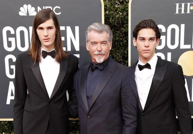 Pierce Brosnan junto a sus hijos
