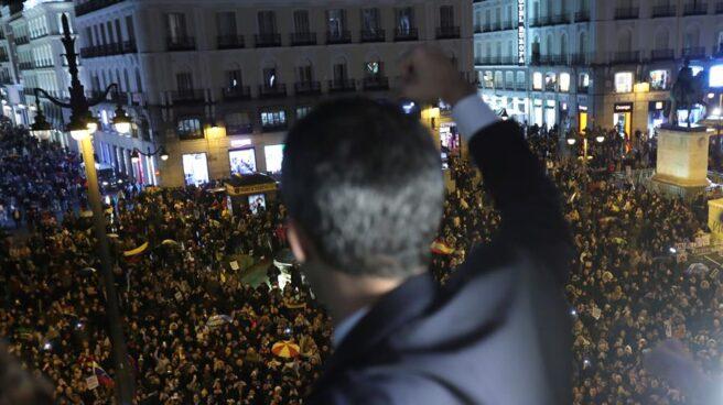 Guaidó saluda a los venezolanos en la Puerta del Sol